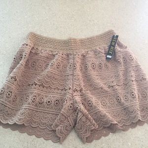 Decorative shorts. Size XL